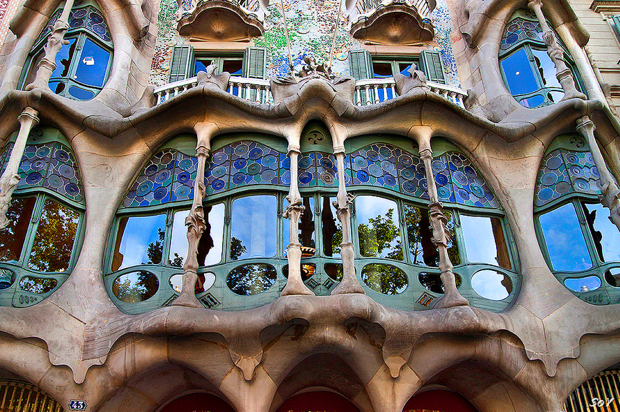 Wonderful Casa Batllo. The Manzana De La Discordia U2013 Or Block Of Discord, On Passeig  De Gràcia In Barcelona, Is A Collection Of Spainu0027s Most Renowned Modernist  ...