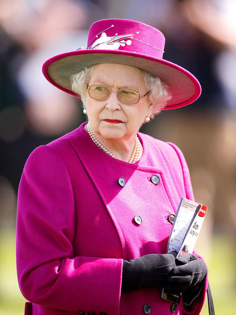 Queen Elizabeth Ii First Monarch To Reach Sapphire