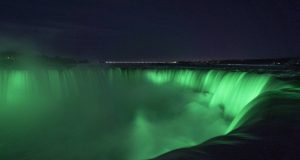 Horseshoe-Falls-Green